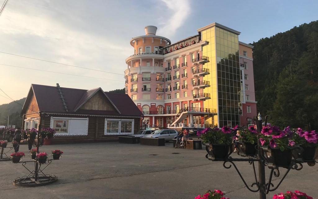 Listwianka und das Hotel Mayak