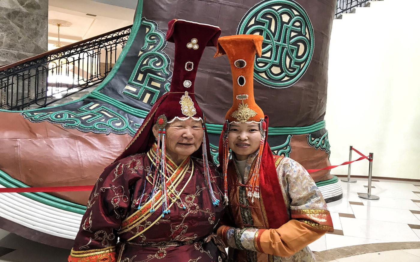 Mongolische Kostüme