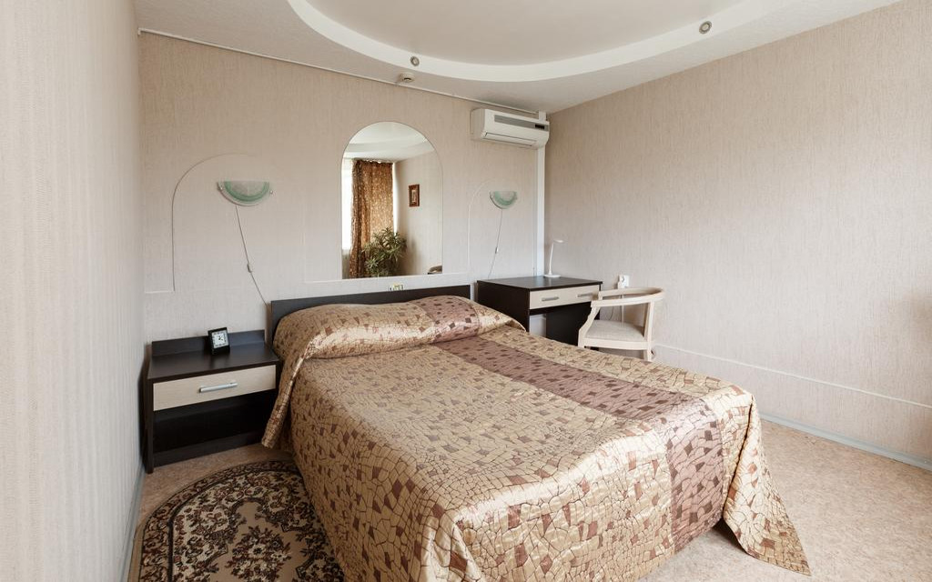 Business-Doppelzimmer im Hotel Voskhod in Komsomolsk / Amur