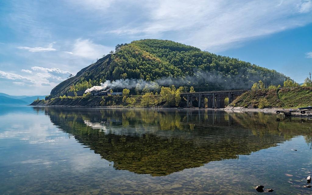Tagesausflug mit der Alten Baikalbahn