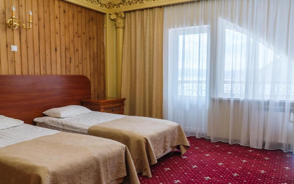 Twin im Hotel Baikallegend in Listwianka