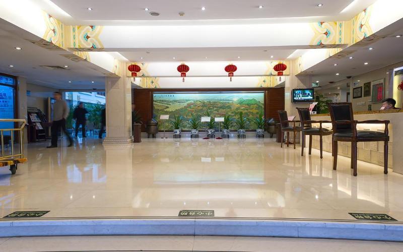 Lobby im Hotel Jade Garden in Peking