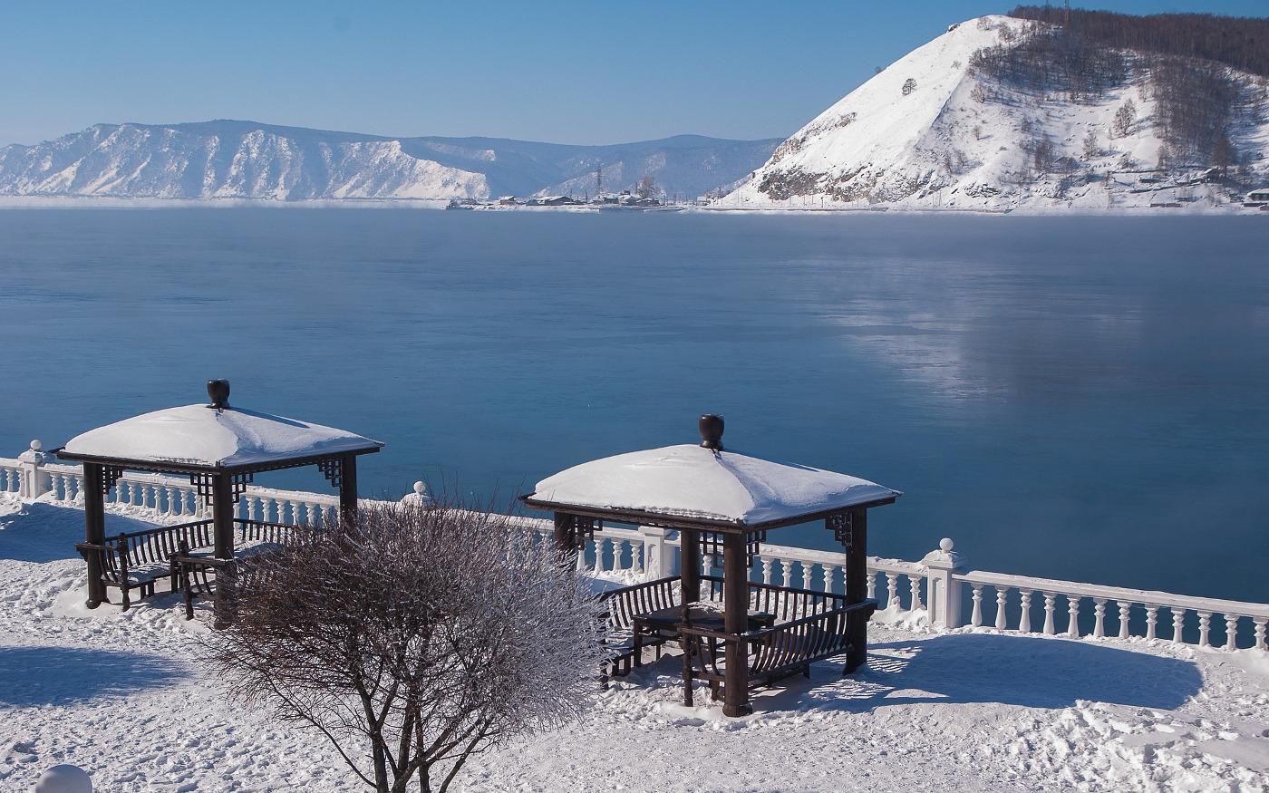 Angara und der Baikalsee im Winter