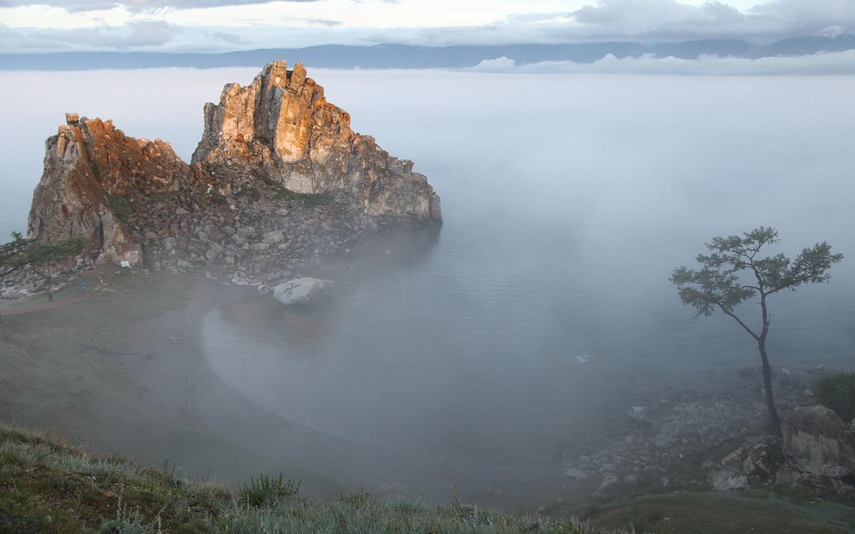 Baikalsee, Insel Olchon - Schamanenfelsen
