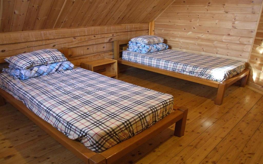 Twin im Hostel Belka in Listwianka am Baikalsee