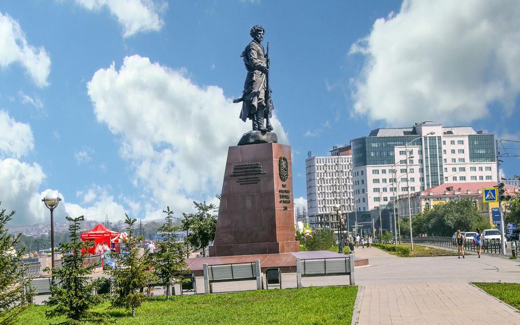 Denkmal in Irkutsker modernen Innenstadt