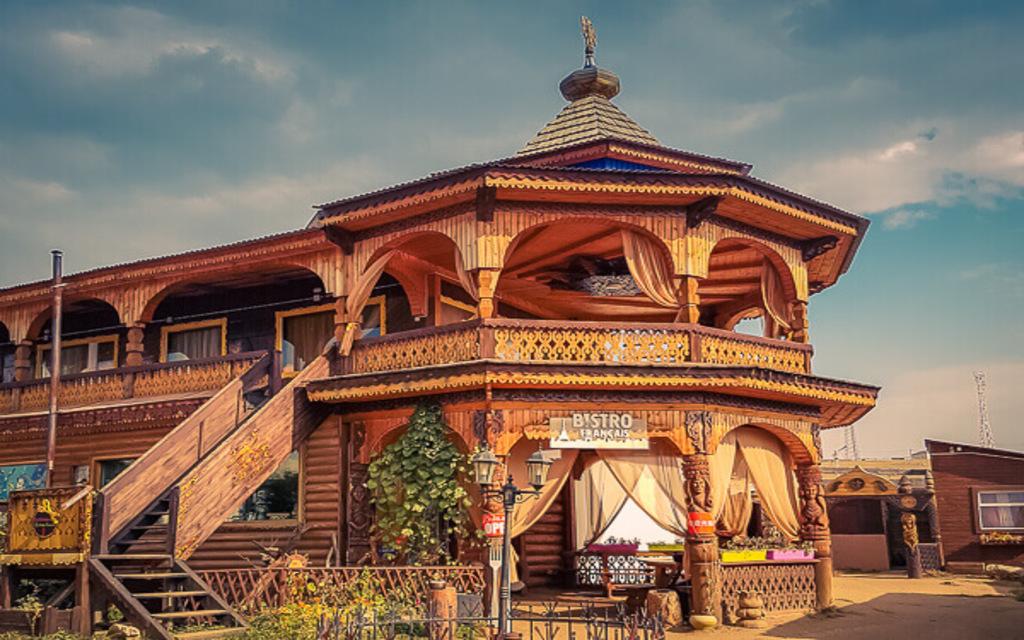 Restaurant im Bencharov Haus auf der Insel Olchon